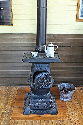 1-old-cast-iron-stove-2-jimmy-ostgard